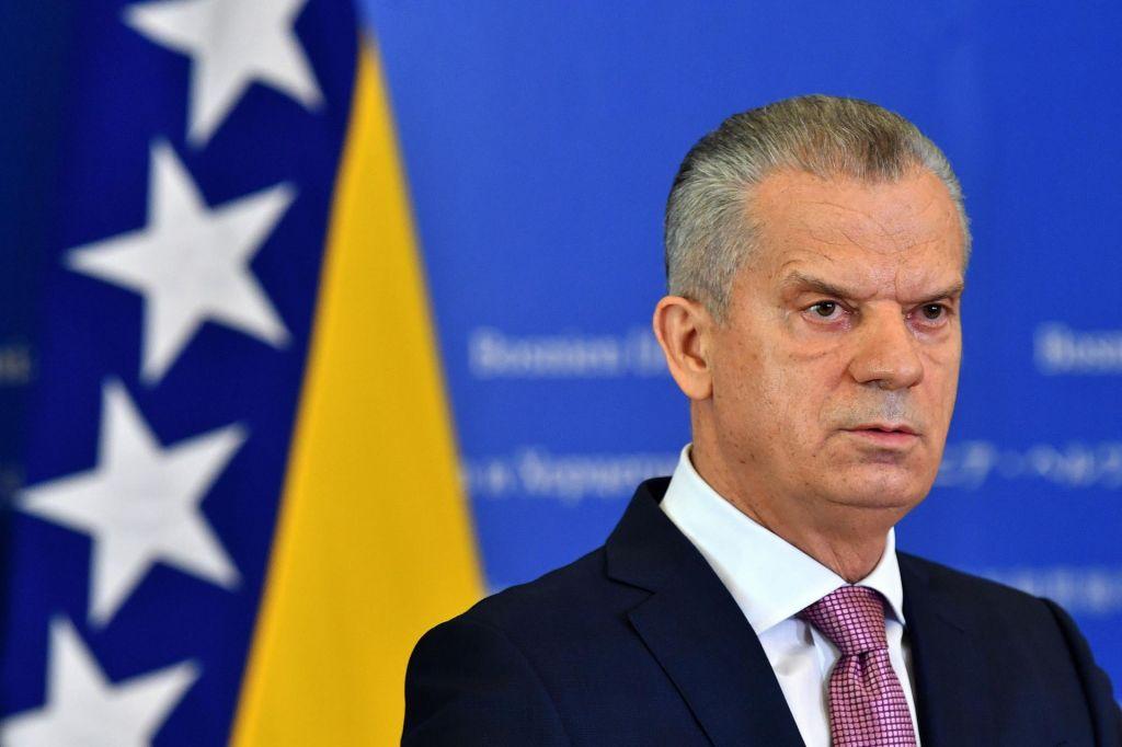 Migrantska problematika zarezala v vlado Bosne in Hercegovine