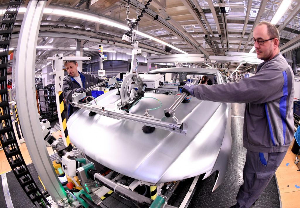 Inštitut Ifo: V nemški avtomobilski industriji še pesimistični