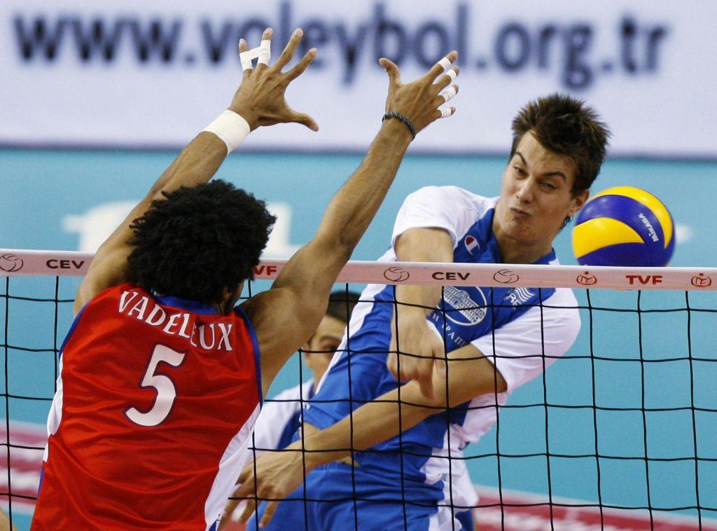 Grški reprezentant okrepil slovenskega prvaka