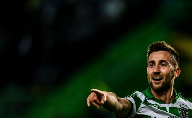 Andraž Šporar je lani blestel v Bratislavi, v letošnjem delu portugalske sezone je zabil že pet golov v majici Sportinga. FOTO: AFP