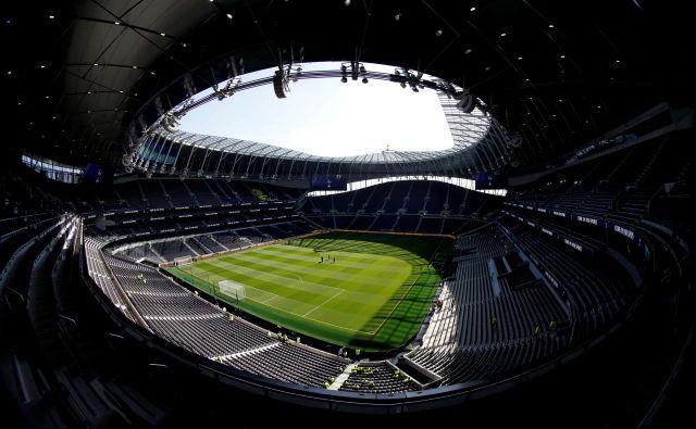 Štadion moštva Tottenham Hotspur je ostal brez številnih prihodkov zaradi odpovedi tekem, koncertov in drugih prireditev. FOTO: Reuters