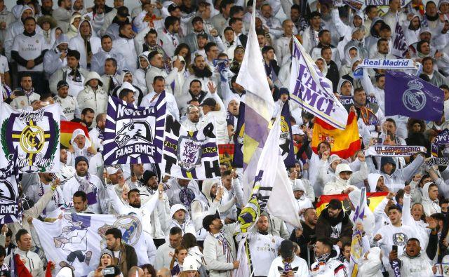 Španski nogometni navijači kljub nekaterim pobudam še ne bodo smeli na tekme v zaključnem delu sezone. FOTO: Reuters