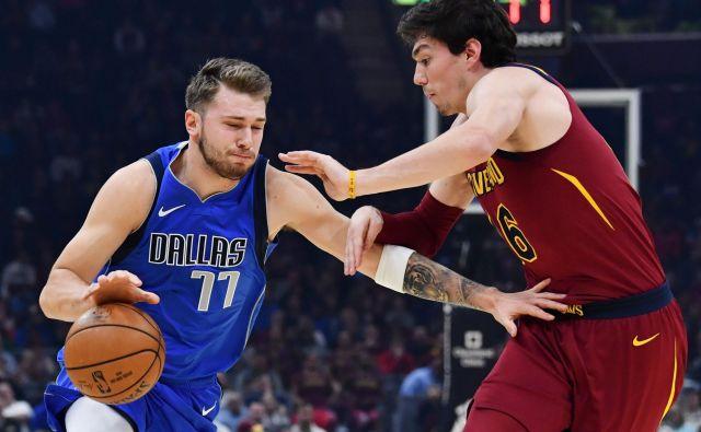Zaradi novega koledarja lige NBA naš vodilni košarkarski zvezdnik Luka Dončić najbrž ne bo mogel pomagati reprezentanci v boju za nastop na OI. FOTO: USA Today Sports