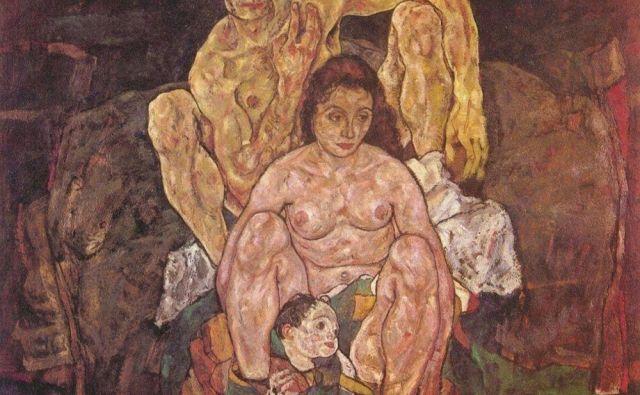 Egon Schiele: Družina Leta 2018 je Schiele začel slikati platno in ga naslovil <em>Družina</em>. Na njem je upodobil sebe, svojo nosečo ženo in otroka, ki naj bi se jima rodil čez tri mesece. Preden je dokončal sliko, je njegova žena zbolela za špansko gripo in umrla, z njo je odšel njun nerojeni otrok, tri dni za njima je za posledicami gripe umrl tudi Schiele. FOTO: Arhiv Dela