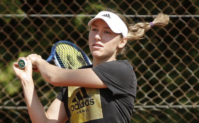 Kaja Juvan je uživala med mešanimi dvojicami, med katerimi je nazadnje nastopila na mladinskih olimpijskih igrah. FOTO: Jure Eržen/Delo