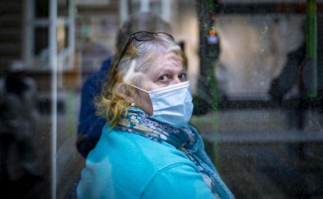 V preteklem tednu ni umrl noben bolnik s covidom-19. FOTO: Voranc Vogel/Delo