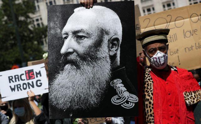Vrstijo se pozivi k odstranitvi kipov nekdanjega belgijskega kralja Leopolda II. FOTO: Reuters