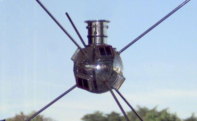 Bil je prvi satelit, ki je za napajanje uporabljal sončne celice. FOTO: Nasa
