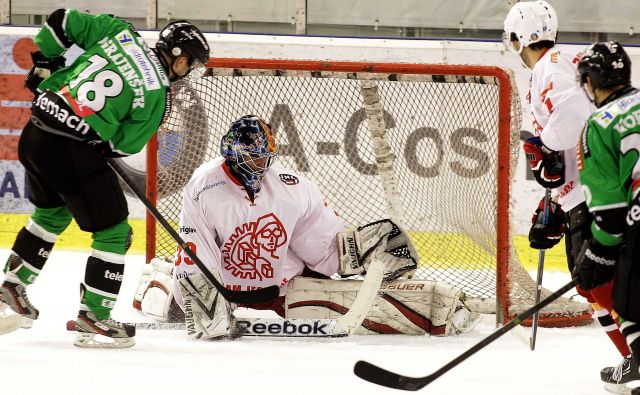 Celjan Ken Ograjenšek je pred odhodom v tujino, leta 2014, igral za Olimpijo. FOTO: Ljubo Vukelič/Delo