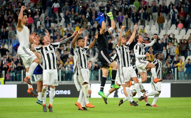 Juventus je v svoji burni zgodovini preživljal številne vzpone, a tudi padce. FOTO: Massimo Pinca/Reuters