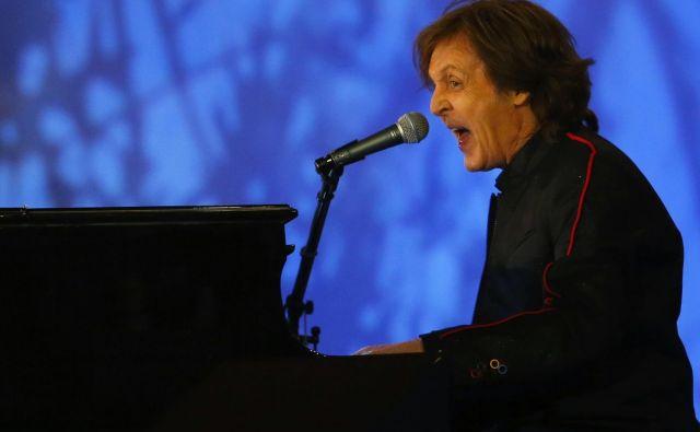 Znameniti angleški glasbenik je najbolj znan kot pevec in basist, a obvlada igranje na cel kup inštrumentov. FOTO: Reuters