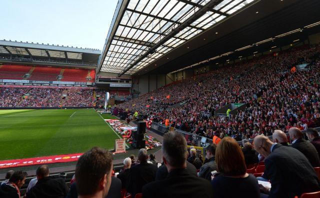 Štadion Anfield ne bo prizorišče mestnega derbija med Liverpoolom in Evertonom, toda nič hudega, pravijo pri Liverpoolu. FOTO: Paul Ellis/AFP