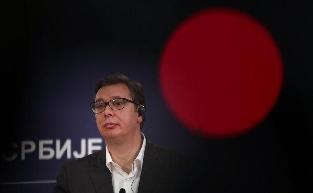 Kljub številnim kritikam politike Aleksandra Vučića sprememb v srbski družbi še ni pričakovati. Foto Marko Djurica/Reuters