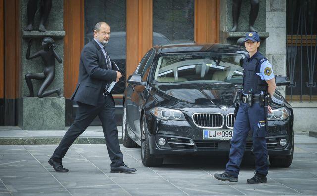 V prvi polovici šestega mandata državnega sveta, ki mu predseduje Alojz Kovšca, se je zvrstilo 30 rednih in 15 izrednih sej. Pri zakonodajnih iniciativah so bili po njegovih besedah precej uspešni, prav tako so uspeli z več kot polovico odložilnih vetov. FOTO: Jože Suhadolnik/Delo