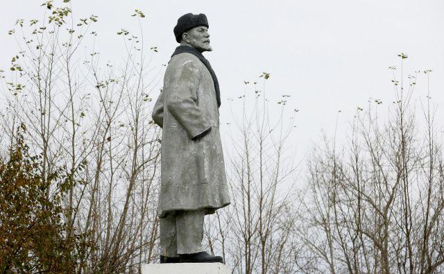 »Še ko sem leta 1972 v članku o ruskem pisatelju Solženicinu samo citiral njegove kritične ocene leninizma, mi je odgovorni urednik Dela izvrgel članek tik pred tiskom časnika (...).« Foto Ilya Naymushin/Reuters