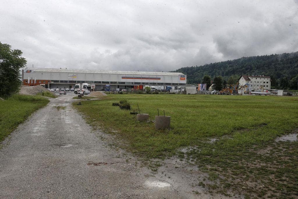 Širitev logistične cone na koncu Celovške ceste