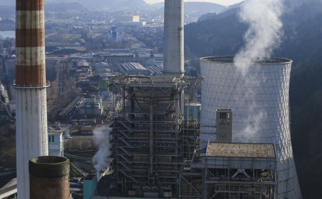 Kitajska je letos marca potrdila več projektov termoelektrarn kot lani. FOTO: Jože Suhadolnik/Delo
