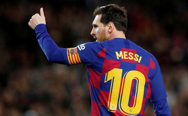 Lionel Messi je nared za igro. FOTO: Albert Gea/Reuters