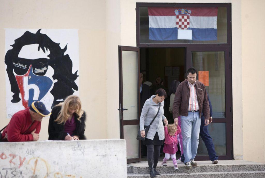 Algoritem jezi manjšine, tudi slovensko