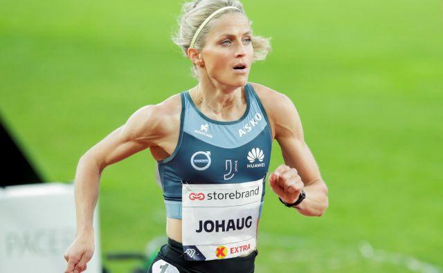 Therese Johaug je v Oslu zablestela z najboljšim izidom sezone v teku na 10.000 metrov. FOTO:Vidar Ruud/Reuters