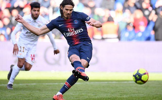 Po sedmih sezonah in z nazivom najboljšega strelca v zgodovini kluba (200 golov) se bo od Paris St. Germaina poslovil Urugvajec Edinson Cavani.