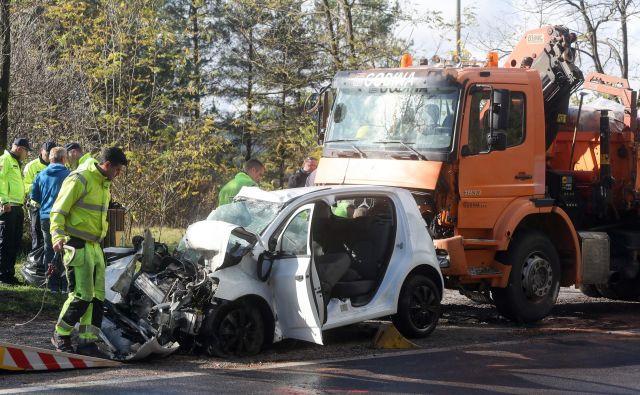 Za trinajst mrtvih na naših cestah letos je kriv alkohol. Foto: Marko Feist/Delo