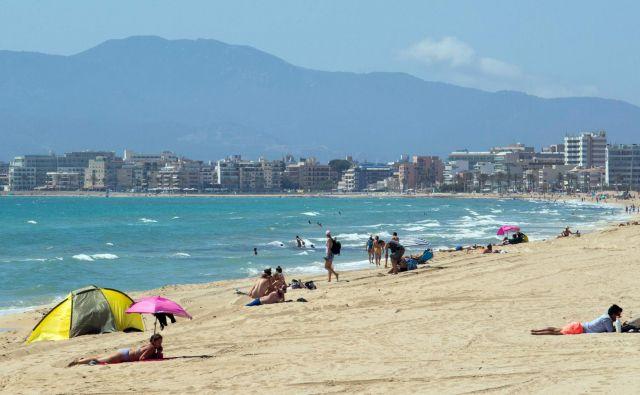 Nemci bodo ponovno preplavili Balearsko otočje. FOTO: Jaime Reina/Afp