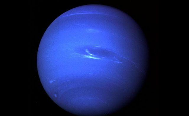 Voyager 2 ostaja edina sonda, ki je od blizu opazovala zadnji planet v osončju. FOTO:NASA/JPL
