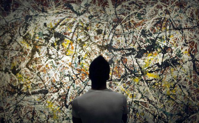 »Ko slikam, ni naključij, vendar ni ne začetka ne konca,« je govoril<br /> Jackson Pollock. FOTO: Morteza Nikoubazl/Reuters