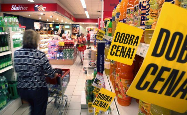 Slovenija je med državami, kjer se cene v povprečju najbolj nižajo v primerjavi z lanskim letom. FOTO: Matej Družnik/Delo