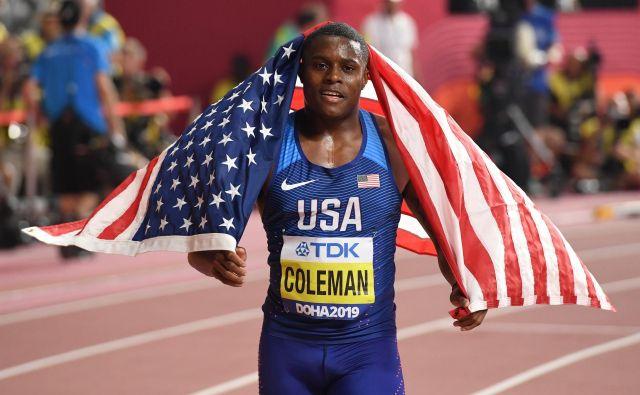 Takole je Christian Coleman proslavil zmago v teku na 100 metrov lanskega 28. septembra v Dohi. FOTO: Kirill Kudryavtsev/AFP