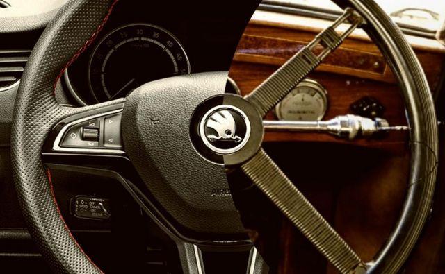 Volan je skozi avtomobilsko zgodovino doživel precej sprememb, v zadnjem desetletju je poleg osnovne vloge, to je usmerjanja vozila, dobil še nalogo nadzornika nad upravljanjem mnogo drugih funkcij avtomobila. Foto Škoda