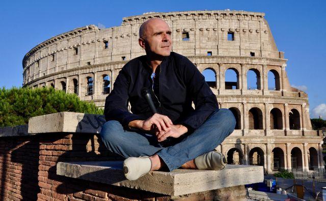 Janko Petrovec je od leta 2016 dopisnik RTV Slovenija iz Rima. Pri založbi Goga je tik pred izidom njegova knjiga Karantena. Rim. FOTO: Iris Rupnik