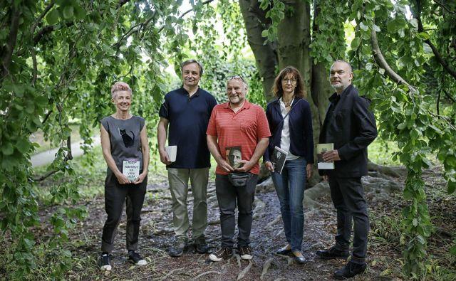 Kresnikovi finalisti: Suzana Tratnik, Branko Cestnik, Jiři Kočica, Veronika Simoniti in Sebastijan Pregelj FOTO: Blaž Samec