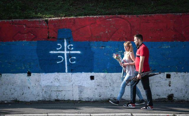 Po napovedih zadnjih anket bo lista Aleksandar Vučić – Za naše otroke koalicije SNS dobila skoraj 60 odstotkov glasov. Foto Andrej Isaković/AFP