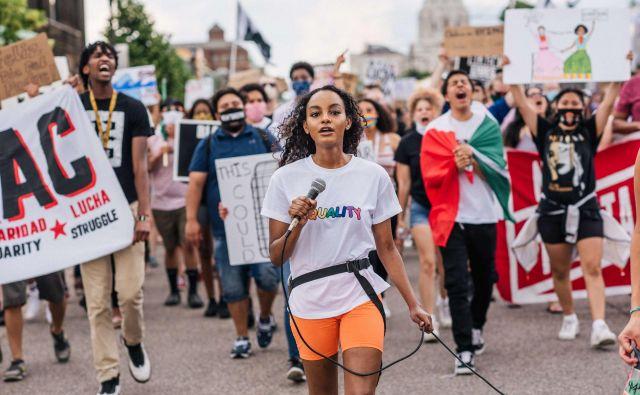 Protesti za reforme policijskega dela in odnosa do priseljevanja v St. Paulu v Minnesoti Foto Brandon Bell/AFP