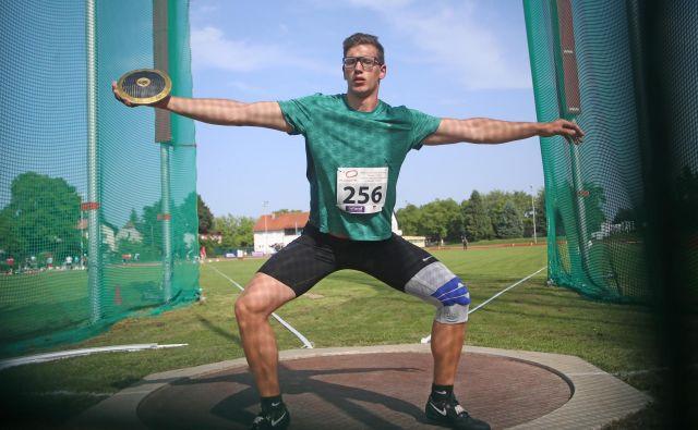 Kristjan Čeh pri 21 letih ruši rekorde kot za stavo. FOTO: Tadej Regent/Delo