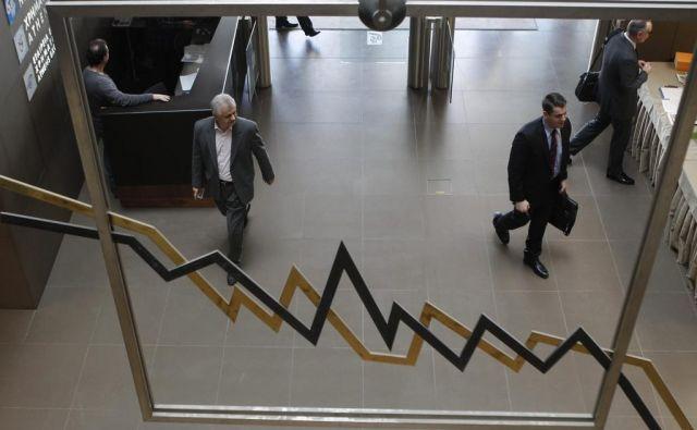 Zdaj smo v razmerah, ko IMF za leto 2020 napoveduje krizo in recesijo z znižanjem BDP v kar 170 (!) državah sveta, medtem ko so bili še pred nekaj meseci obeti za kar 160 držav pozitivni in precej spodbudnejši. Foto: John Kolesidis/ Reuters