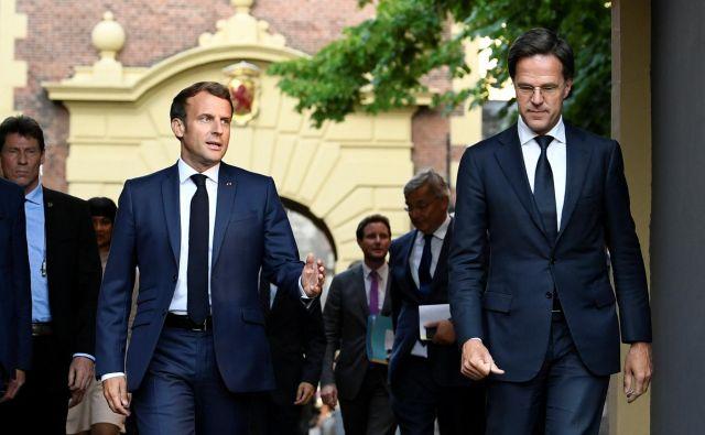 Francoski predsednik Emmanuel Macron in nizozemski premier Mark Rutte sta se ta teden srečala v Haagu. Foto: Piroschka Van De Wouw/Afp