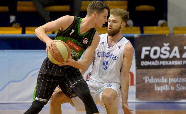 Petar, polbrat znanega Saše Vujačića, ne bo več igral v Ljubljani. FOTO: liga ABA
