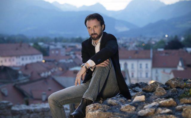 Andraž Teršek: »Človekovi možgani so njegov največji lažnivec, zato nam najbolj laže ravno naš lastni jaz.« FOTO: Jure Eržen/Delo