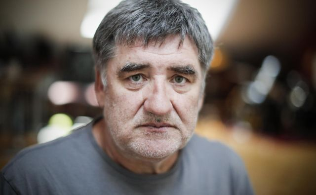 Marko Radmilovič je čisti Štajerec, njegovo močvirje, v katerem sedi in piše, je v Slovenskih goricah. FOTO: Uroš Hočevar/Delo