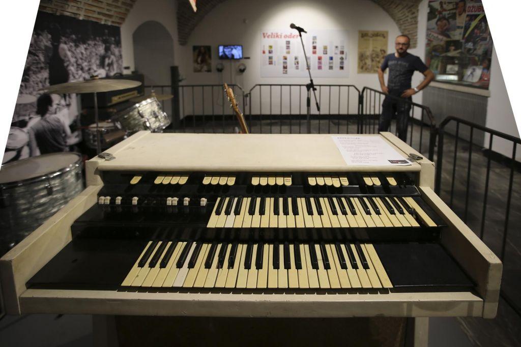 FOTO:Klaviature, ki so iz Londona romale v Kragujevac