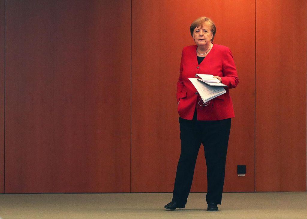Nemčija za krmilo EU v času velike »koronske« negotovosti