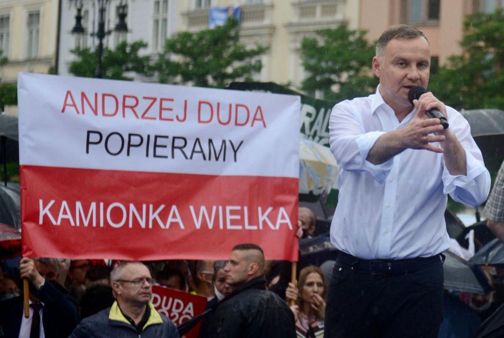 Na Poljskem se obeta drugi krog predsedniških volitev