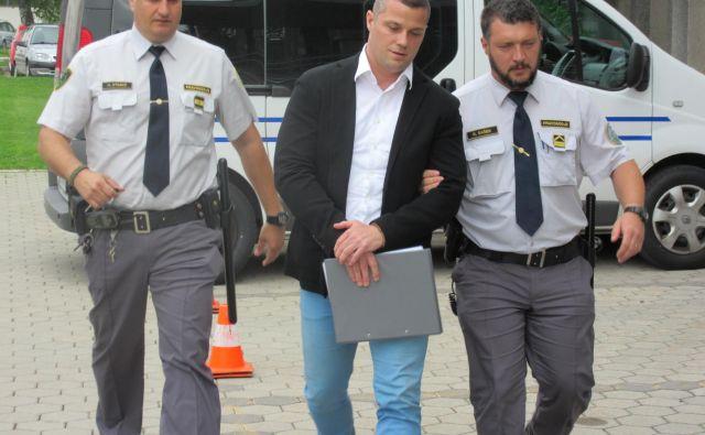 Meti Plava zanika izsiljevanje. FOTO: Blaž Račič/Delo
