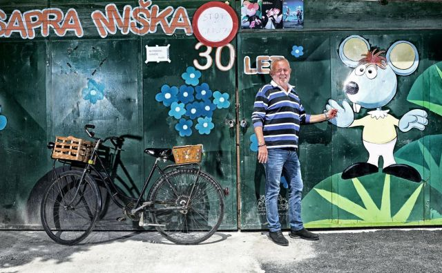 Aco Šunjič in ljubica, ki se vedno znova vrača k njemu. FOTO: Mateja Jordović Potočnik