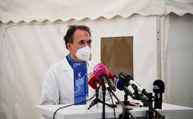 Vojko Flis, direktor UKC Maribor bo moral reorganizirati delo v hiši. To pa ne bo lahko, saj je poleg naraščajočega števila okuženih še čas dopustov. Foto: UKC Maribor