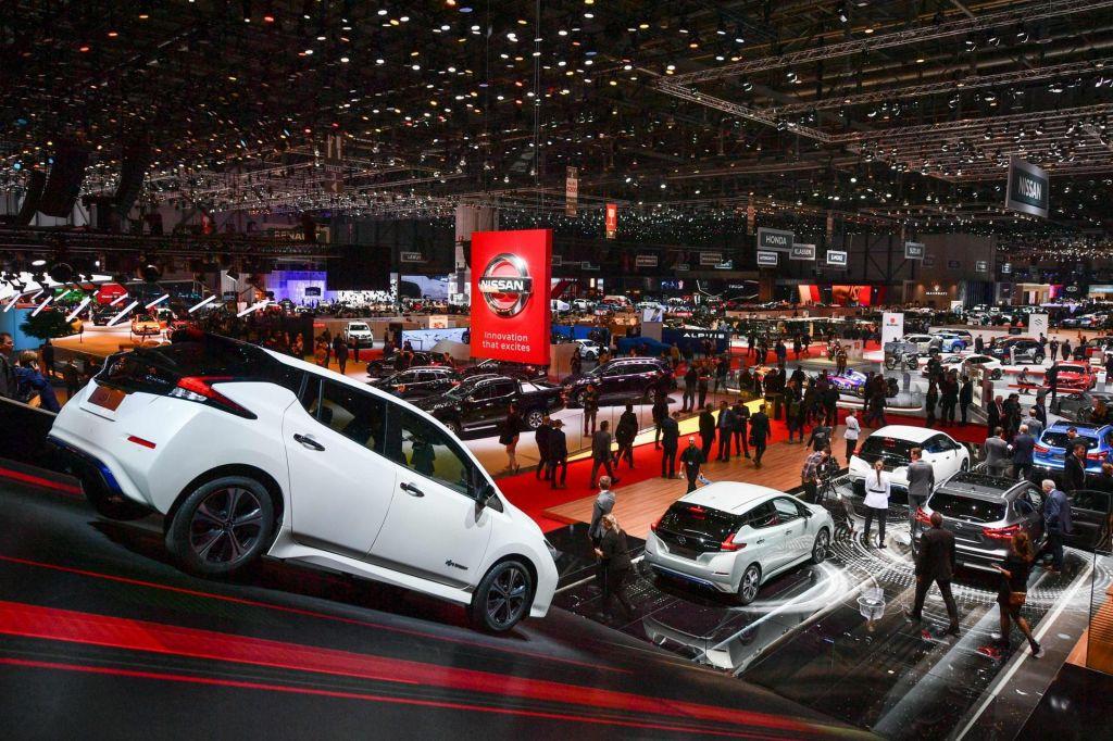 Tudi prihodnje leto brez zvezdniške avtomobilske razstave