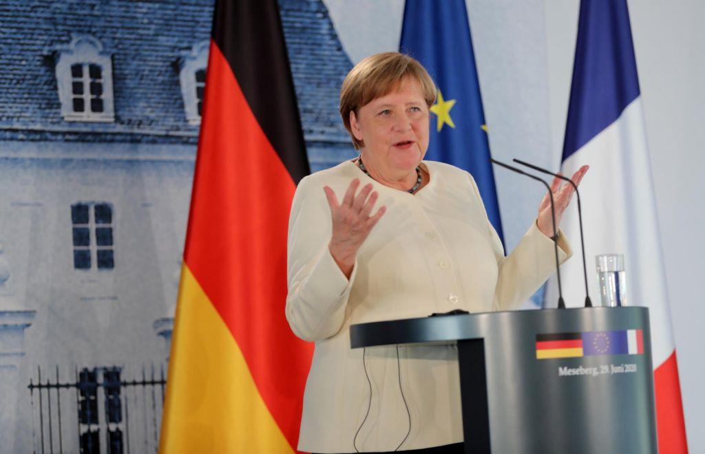 FOTO:Glavno besedo v EU bosta imeli Nemki